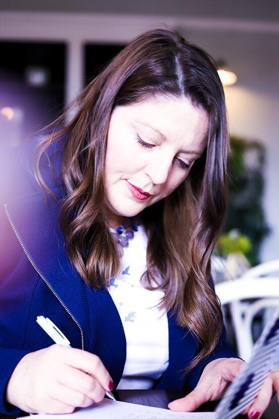 Business-Writer-Sydney-RebeccaCofrancesco